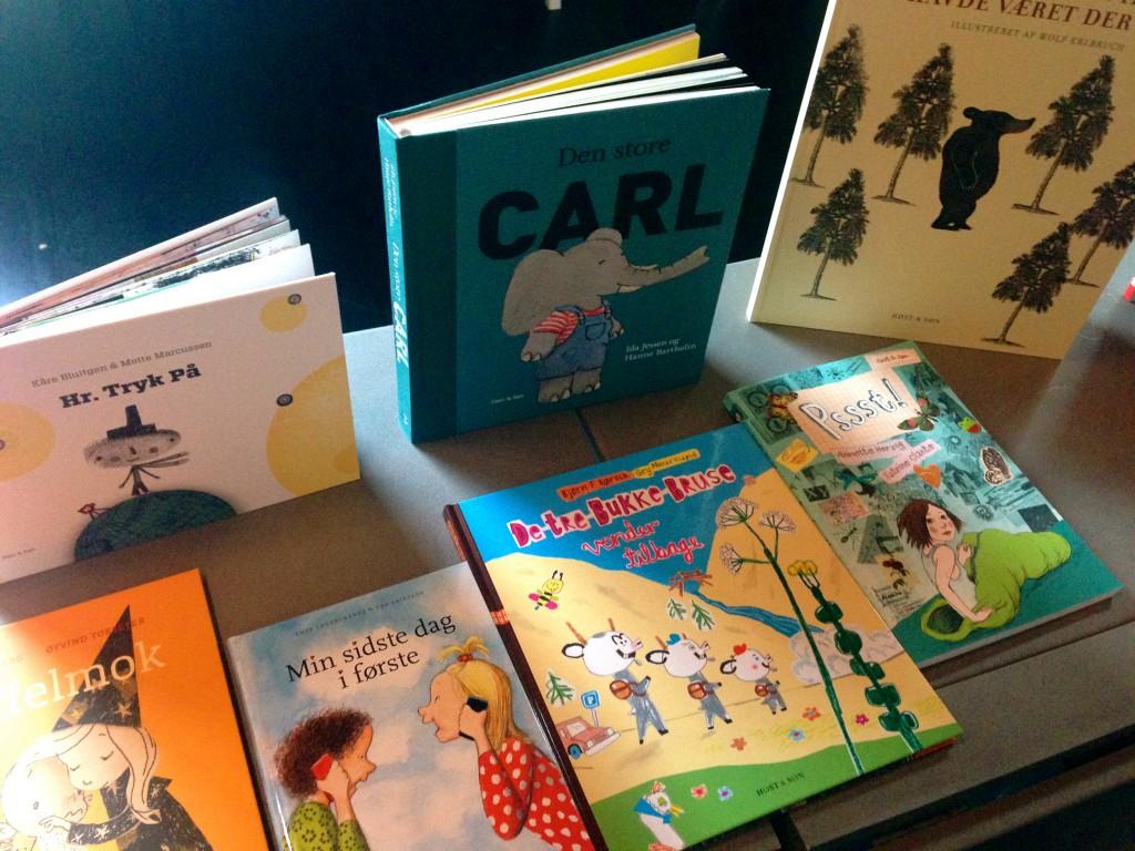 Bøger fra Høst & Søn