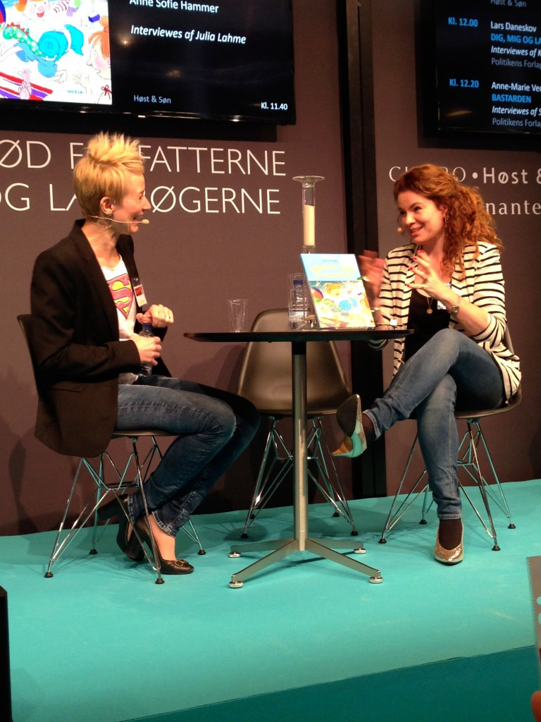 Anne Sofie Hammer i samtale med Julia Lahme.